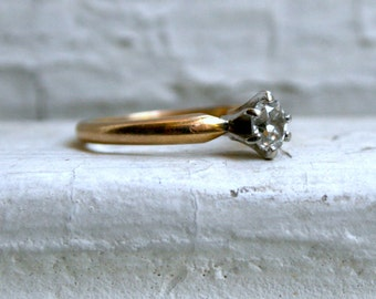 Vintage 14K Yellow Gold Diamond Solitaire Engagement Ring - 0.33ct