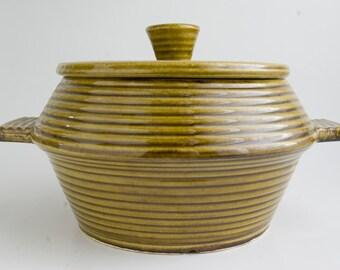 Vintage California Pottery Casserole Dish , Avocado Green Retro Pottery, Vintage Serving, Retro Entertaining