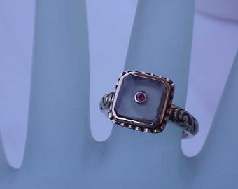 Estate Vintage  Art Nouveau 14K Yellow Gold  Enameled Filigree Ring:Genuine Moonstone and Ruby,1900s