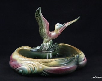 Hull Pottery 104 Flying Duck Planter in Green , Pink and Gold - Vintage 1960s Hull Pottery