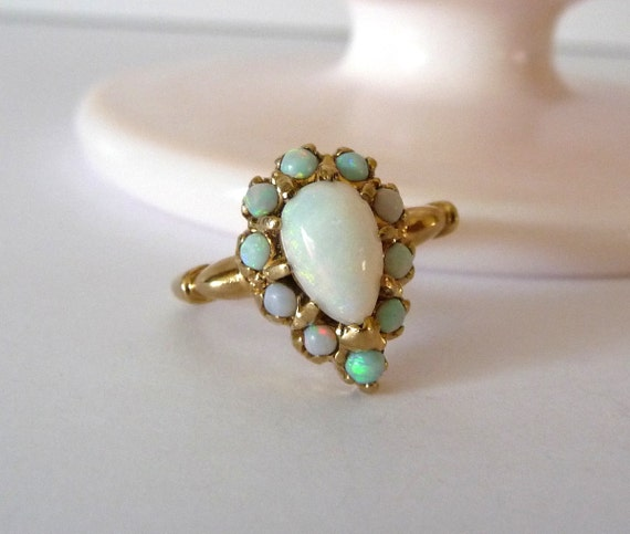 14k Genuine Opal Ring Yellow Gold Vintage Fine Jewelry Size
