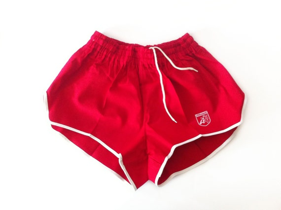 Vintage Red Running Shorts 70s Size XS / S By Altmeansold