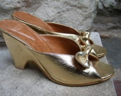 Gold Metallic Vintage Mule Slippers US Size 8 1/2 B  Made in Italy