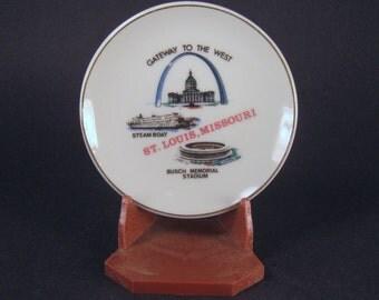 Souvenir Plate, Stand, St. Louis Missouri, Small, Collectible, Ceramic, Travel Memorabilia