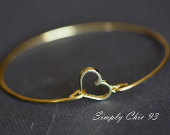 Open Heart Gold Bangle Bracelet, Gold Bangle, Love Jewelry, Mothers Gift, Special Gift , Wire Bangle, Bracelet, Bridesmaids ,Wedding Jewelry