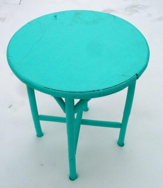 Shabby Chic Round Wood Coffee Table: Round Table End Table Cottage Chic Shabby Chic Side Table