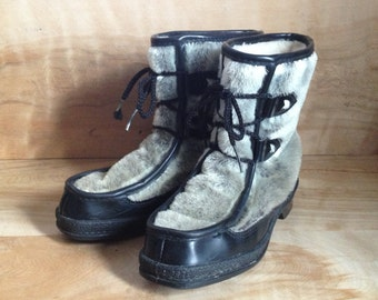 Vintage Yodelers Boots, Women 4