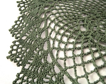 """Green Round Doily - 10"""", Cotton - Avocado Olive Hunter Forest Grass Pine - Lace Cottage Holiday Rustic Woodland Home Decor Heirloom"""
