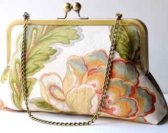 Peony bloom clutch bag : Silk-lined purse,   Kisslock Frame Purse for wedding / bridal / party