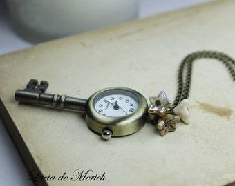 Steampunk Key Pocket watch necklace  -  Key necklace Vintage style - Coupon code-Black friday-Cyber monday.