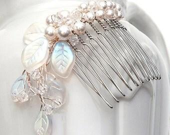 White Bridal Hair Comb, Hair Fascinator, Wedding Hair Comb, Wedding Accessory, Swarovski Pearls Crystals, Rustic Wedding, Winter Wedding