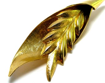 Gold leaf brooch, vintage gold tone wheat stalk, ear of wheat broach