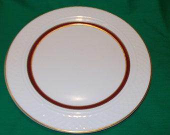 "One (1), 10 1/2"" Dinner Plate, from Homer Laughlin, in the Kensington 6900 Pattern."