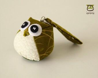 Autumn - Owl Doll with a Bag: owl plush, owl decor, little, mini, kid, cream, yellow, gold, brown, owl decoration, leaf