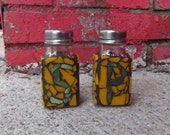 Oregon Duck Salt and Pepper Shakers Mosaic, Kichen Decor, Stained Glass , Yellow and Green Shakers, Table Spice Shakers, Salt and Pepper