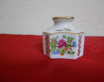 1800s Ink Well / Porcelain / Hand Painted /  Floral / Excellent Condition / .Marked on bottom / REDUCED