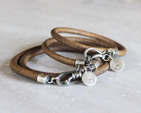 Items similar to Friendship bracelets Ampersands Matching ...