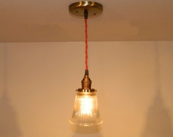 Minimalist Antique Style Fitter Pendant: Antique Brass