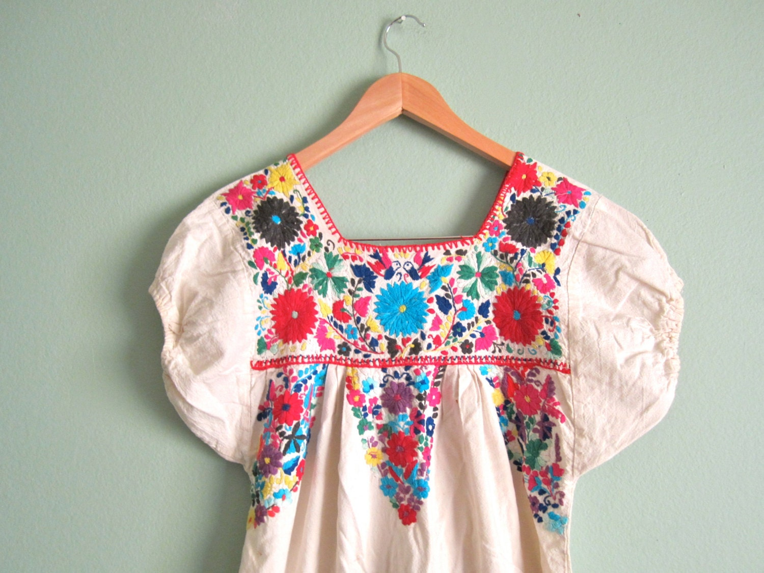 Vintage hand embroidered mexican sundress white boho hippie
