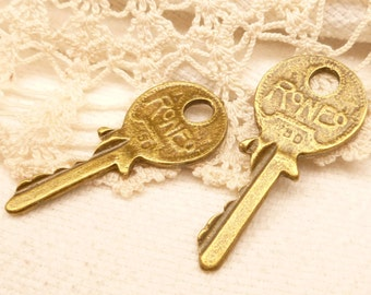 Master Lock Key Charm, Life Sized, Antique Bronze (4) - A119