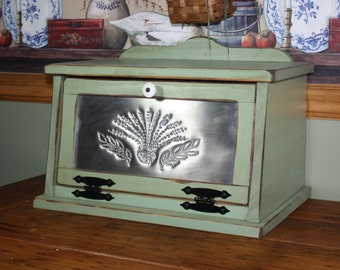 Bread Box,  FREE SHIPPING, Shabby, Chic, Punched Tin, Wood, Kitchen, Cottage, Country