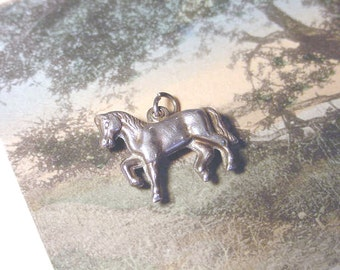 Charm Horse VINTAGE STERLING CHARM Horse Stallion Mare