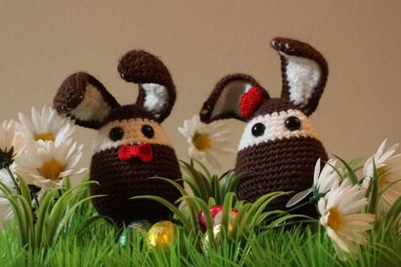 Two rabbits in love (crochet) - Ready to ship