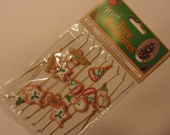 mini gingerbread garland, 3 feet long (R4)