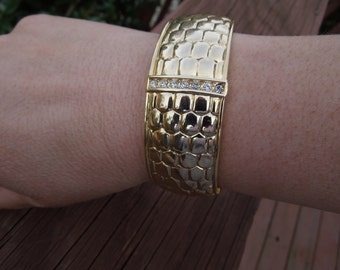 Vintage Gold Tone Bangle.  Patterned Design, Spring Opening, With Rhinestones, Nice Condition
