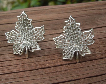 Vintage Sarah Coventry Earrings, Clip On Type, Pat Pending, Silver Tone Leaves