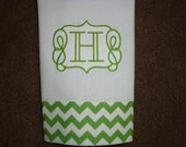 Chevron Small Green with Scroll Font