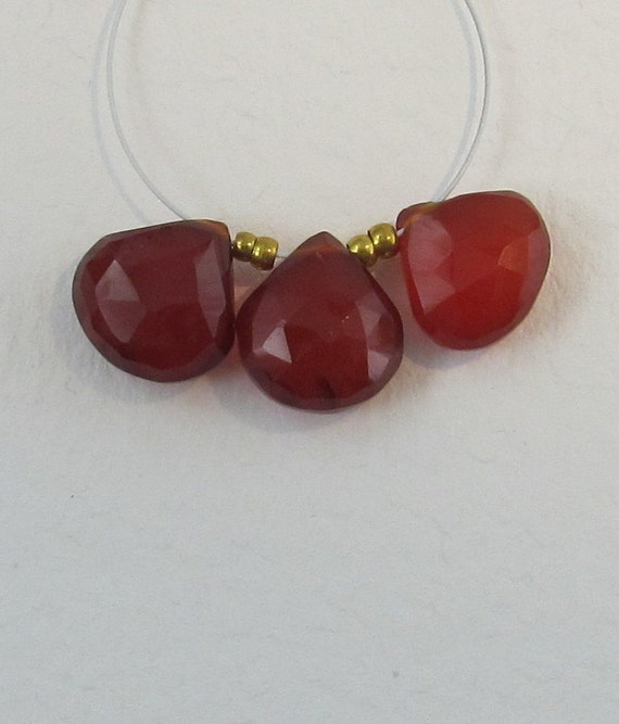 Red-Orange Chalcedony Hearts Faceted Beads 11-12mm