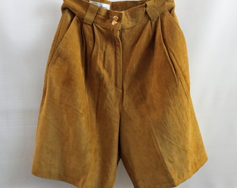 1980s Suede Walking Shorts / Size 10 / Gold / Mustard / High Waisted / Spring Fashion
