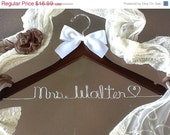 HUGE SALE SALE / personalized Bridal hanger/ perfect bridal shower gift , u pick any name , bridal party gift