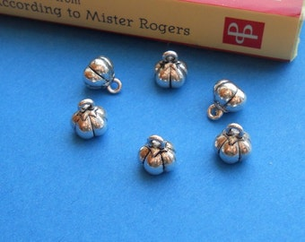 10, 30 Mini 3-D PUMPKIN Charms Fall or Halloween Jack o Lanterns Jewelry Supplies 8x9mm NOTE SIZE Choose Light, Darker Silver or Bronze Tone