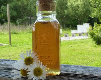 4oz Jar of Honey Tennessee Wildflower 1/4 lb Antique Style Jar Raw Unfiltered Honey Wedding Favors