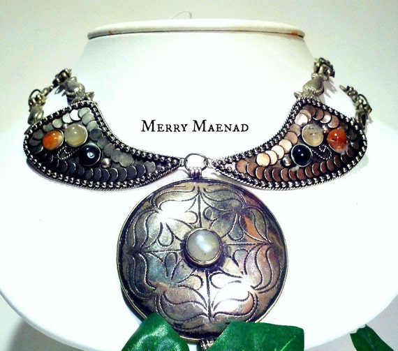 Tribal metal necklace with Turkoman medallion - ATS belly dance. OOAK ethnic jewelry