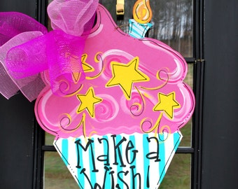 Birthday Door Hanger: Birthday Cupcake, Birthday Door Decoration