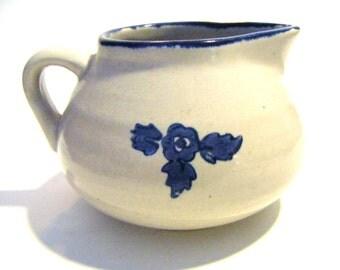 1960's Retired Pfaltzgraff Pottery Yorktowne Pattern Gravy Boat or Creamer