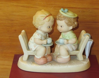 A Friendly Chat and A Cup of Tea, A Memories of Yesterday Figurine (Retired)