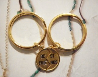 1 Pair of Vintage Goldplated Best Friends Key Rings