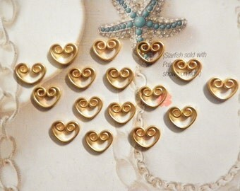 16 Vintage Brass 11mm Wire Hearts