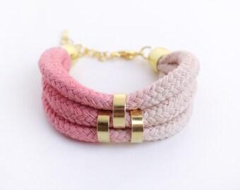 Beige & Lightpink - Ombre Bracelet with beads