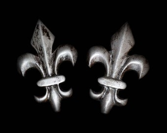 Fleur de lis brooch PAIR badges for steampunk distressed silver finish