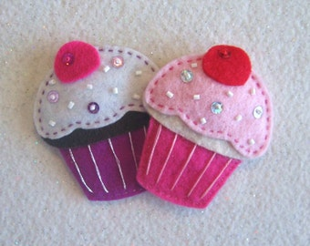 Felt/stitched cupcake hair clips, set of 2 pieces