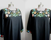 1960s Vintage Dress Kaftan Black Cotton Embroidered Caftan / Small XS