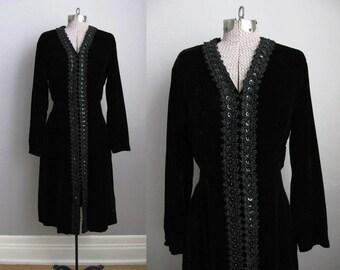1960s Vintage Dress Black Velvet Gown 60s Dress Beaded / Large