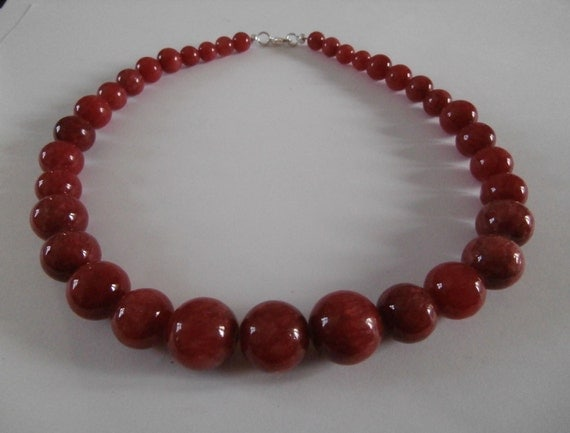cherry red chinese jade necklace
