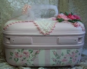 Vintage Refurbished Train Case - Handpainted Roses - Totally Relined - HM Satin Roses Pink