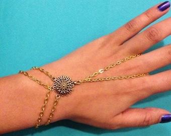 Zena Hand Chain